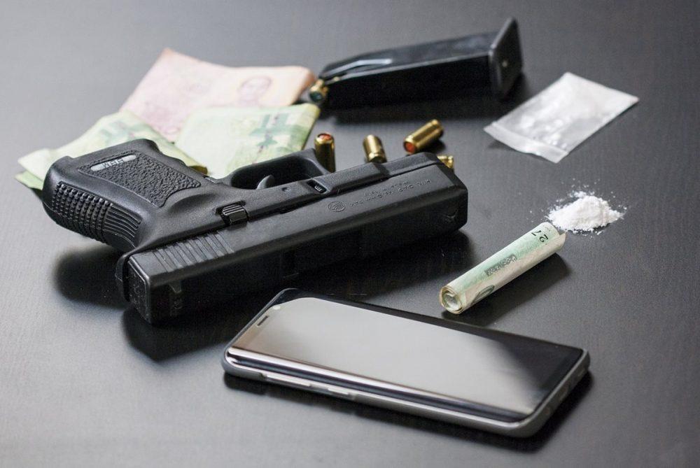 Desmantelado un grupo criminal que traficaba con droga, armas y material sanitario desde Alicante